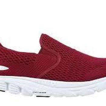 Speed 17 slip on wine